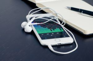iphone-music-300x199